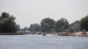 Novi Sad Hafeneinfahrt mit Folgen