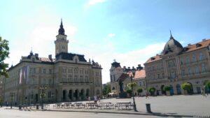 Novi Sad Platz mit Bischofspalast
