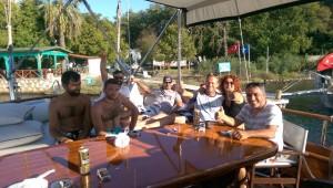 Gület Crew Relaxed