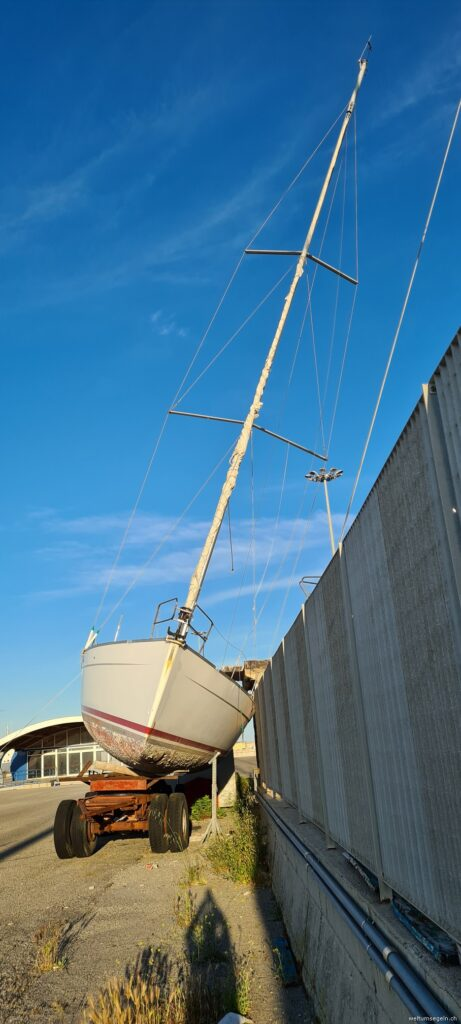 Schrott Yachten